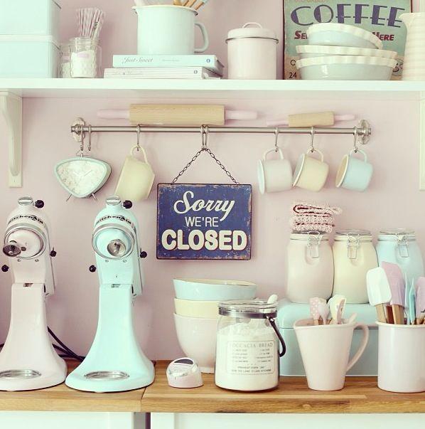 Pastelowe dodatki w kuchni