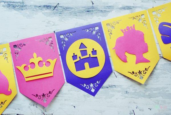 Księżniczka – dekoracje urodzinowe. Baner urodzinowy i dodatki do muffin