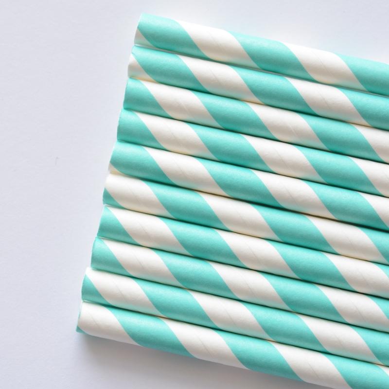 słomki papierowe turkusowe paski