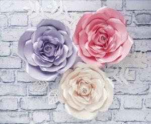 kwiaty z papieru - róże na ścianę