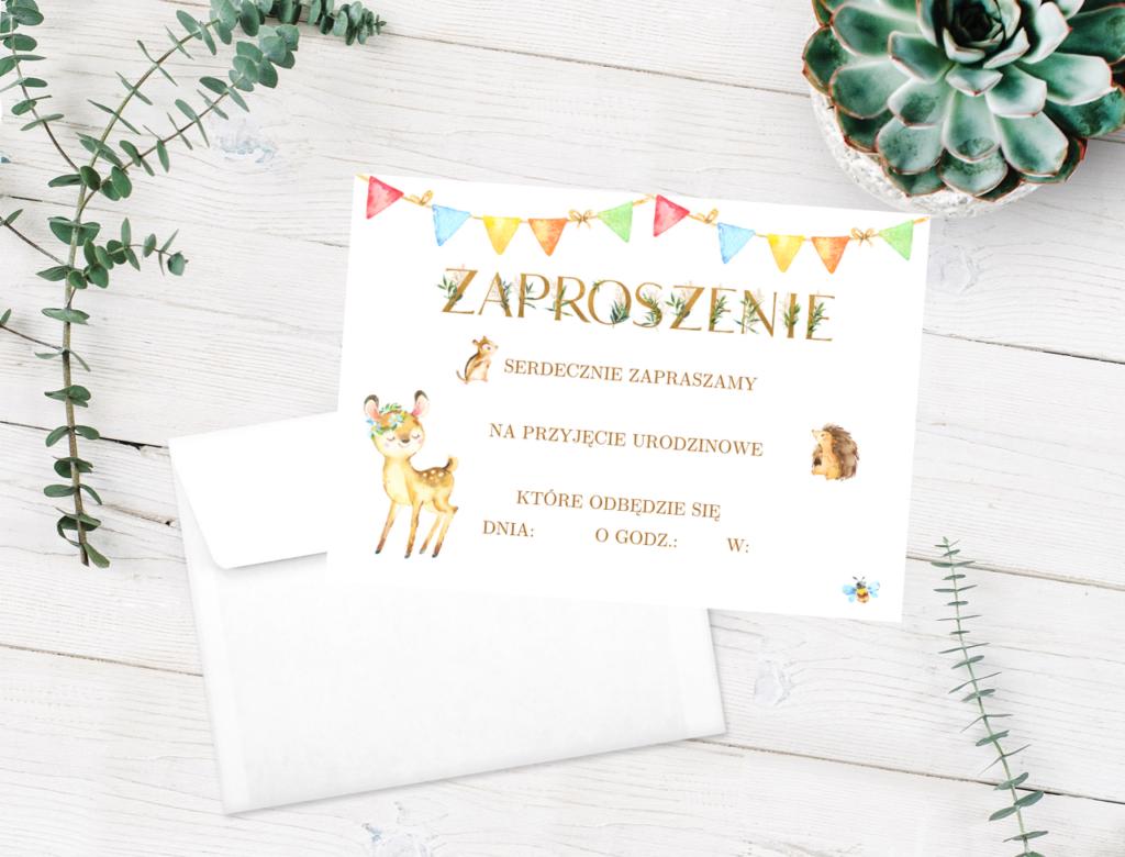 Zaproszenie na Roczek: leśne zwierzaki i złote litery