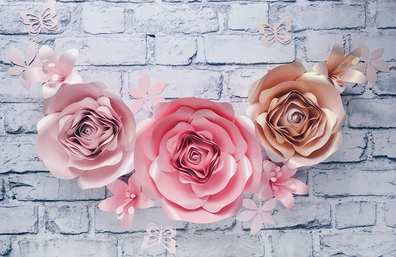 Duże kwiaty na ścianę - dekoracje do pokoju dziewczynki