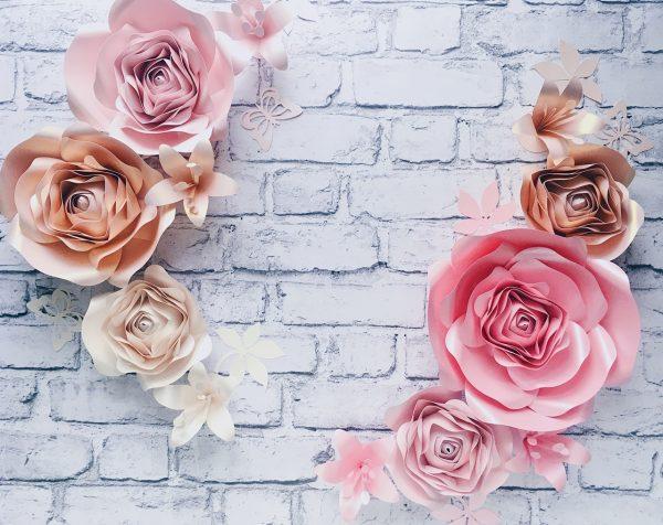 kwiaty na ścianę do pokoiku dziewczynki, ścianka z kwiatów