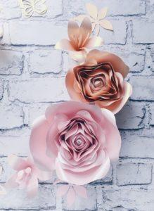 duże kwiaty 3d -dekoracja na ścianę