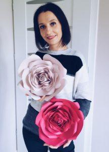 duże kwiaty na ściankę