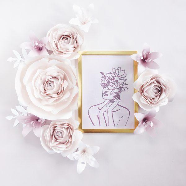 Kwiaty dekoracja na ścianę - kolor perłowy